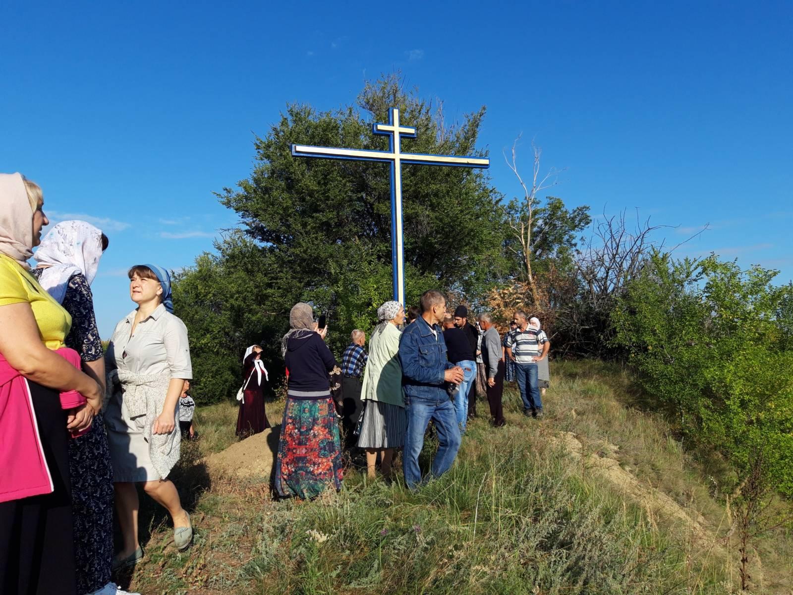 Восстановлен поклонный крест на Святых горах