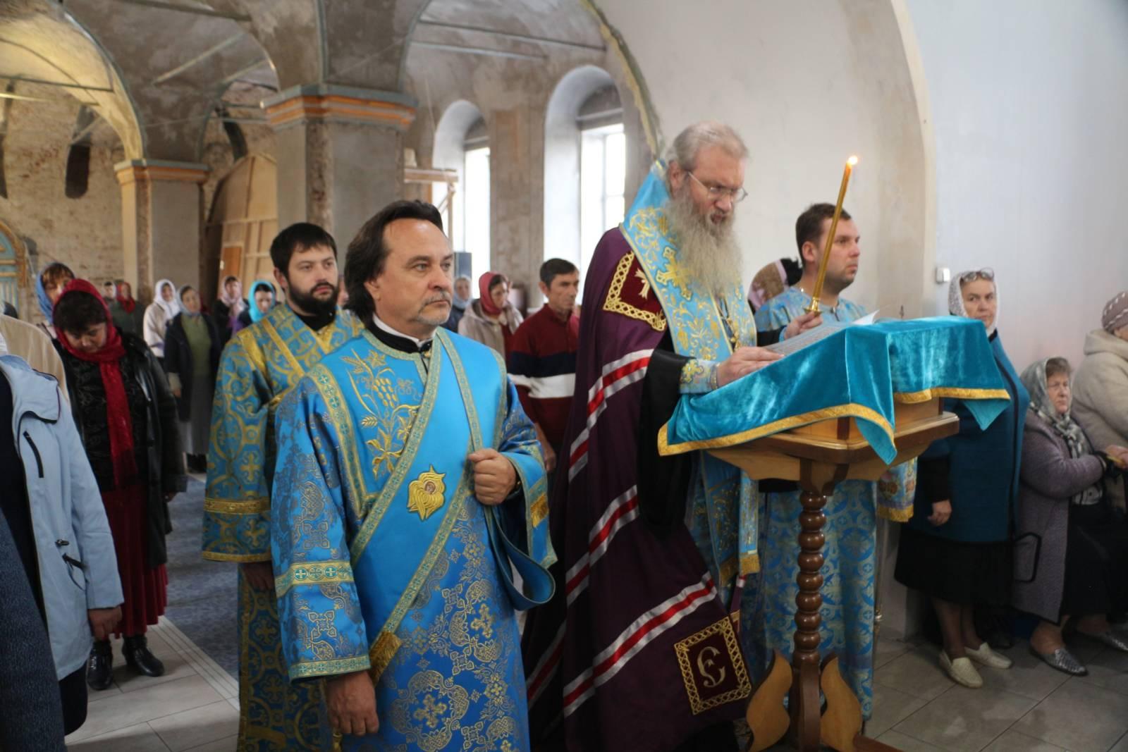 В канун Покрова Пресвятой Богородицы