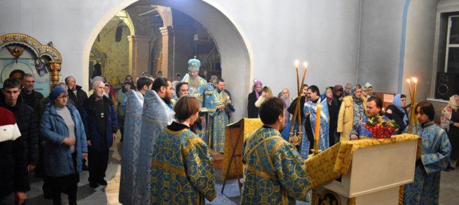 Новогодний молебен в Урюпинске