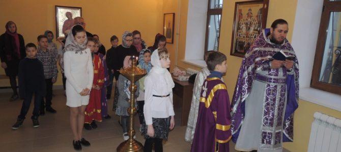 «Детская» Литургия в урюпинском храме