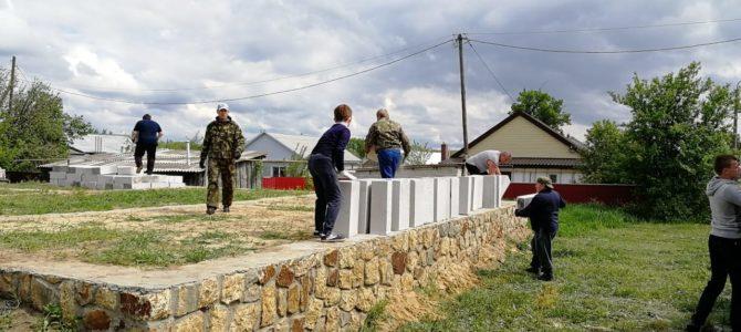 В Нехаевской строят воскресную школу