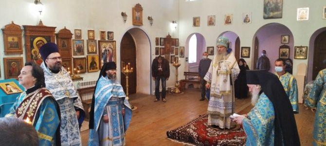 В праздник Покрова Пресвятой Богородицы