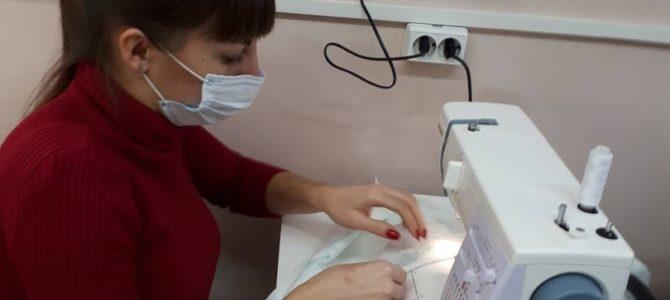 Начала работу благотворительная швейная мастерская