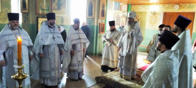 В празднование Собора Иоанна Крестителя